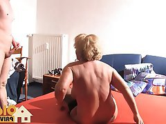 Blonde Blowjob Cumshot German Old and Young
