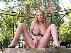 Babe Big Tits Ebony Feet Fetish