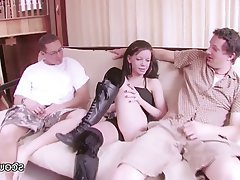 Amateur Casting Skinny Teen Threesome